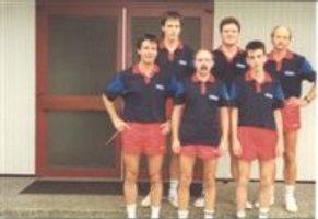 hinten von links - Frank Schröder, Christian Scherf, Wolfgang Stättel --- vorne von links - Willi Kaiser, Horst Affeldt, Hartmut Holstein